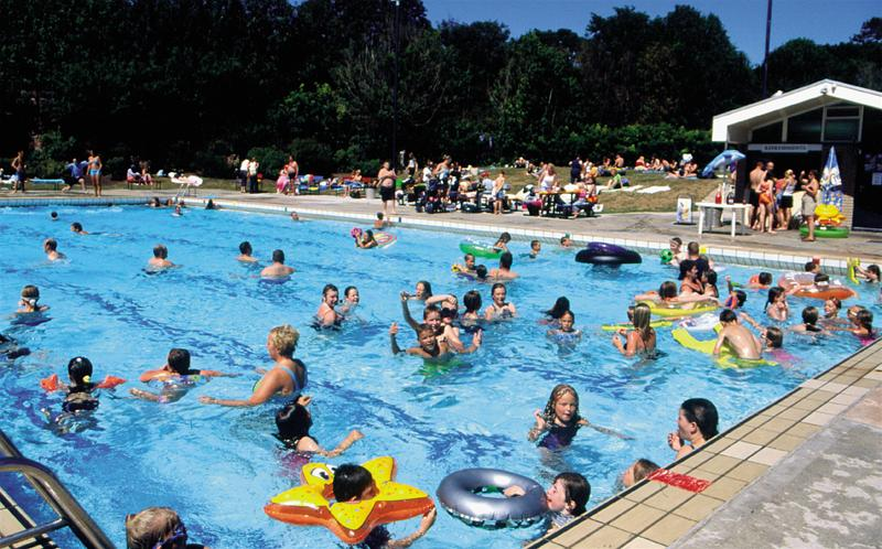 How to avoid being a drowning victim this summer santa - Best public swimming pools in massachusetts ...